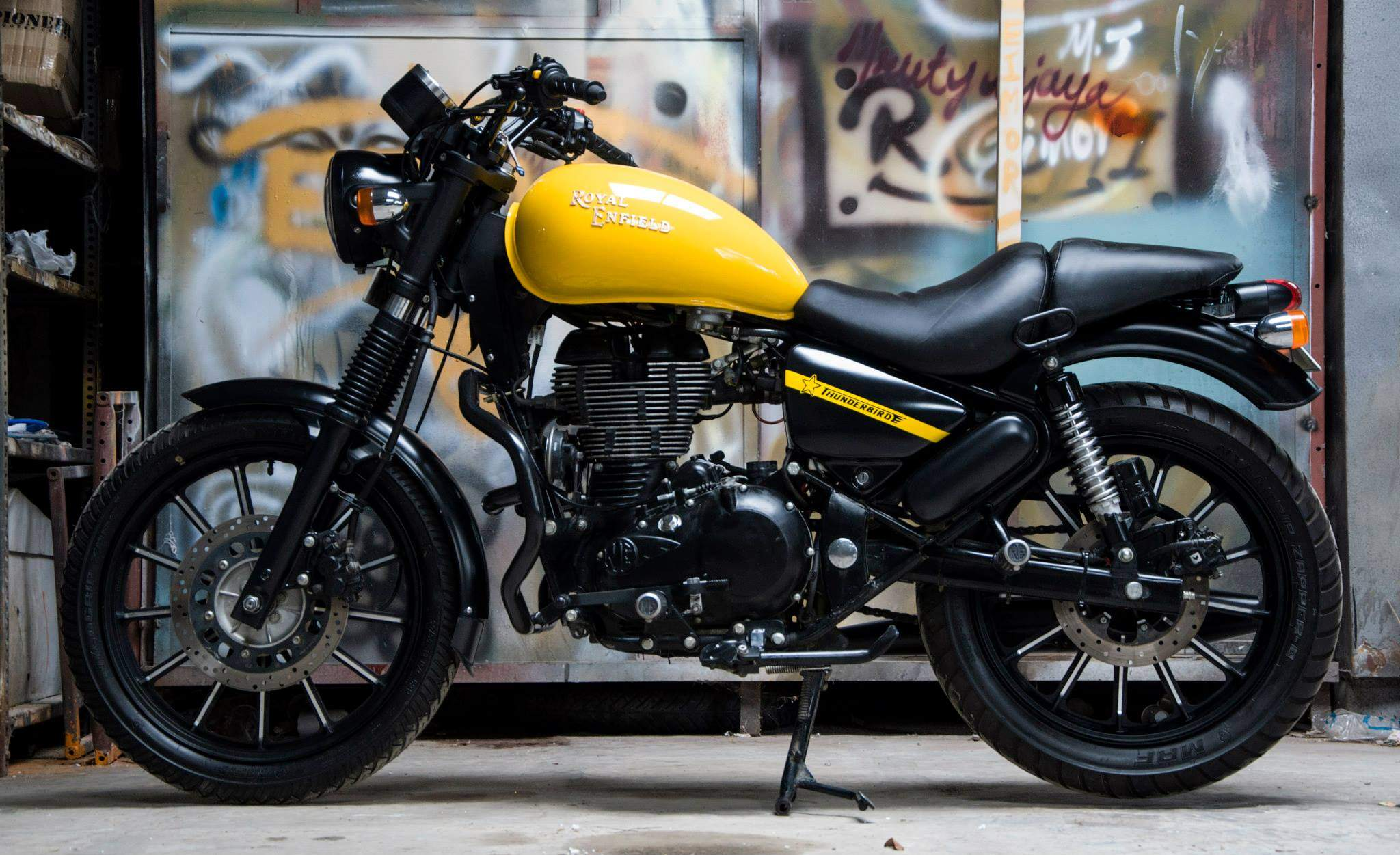 Yellow Bullet Forums >> Everything you should know about Royal Enfield Thunderbird 500X - Rideofy