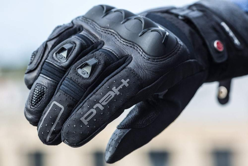 crucial tips to select best hand gloves for bike for gents